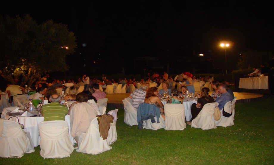 """2009-06-20: Γλέντι στο """"Πάρκο της Ειρήνης"""""""