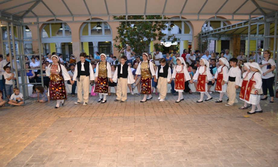 """2012-06-20: Καλοκαιρινή Εκδήλωση Παιδικών Ομάδων - Αίθριο """"Έσπερος"""""""