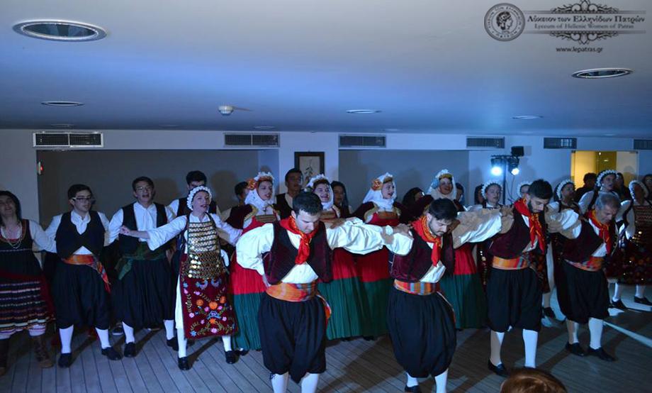 2017-04-21: Συμμετοχή του Λυκείου των Ελληνίδων σε χορευτική παράσταση στο Achaia Beach στα πλαίσια της διαμονής Θεατρικής Ιταλικής Ακαδημίας.