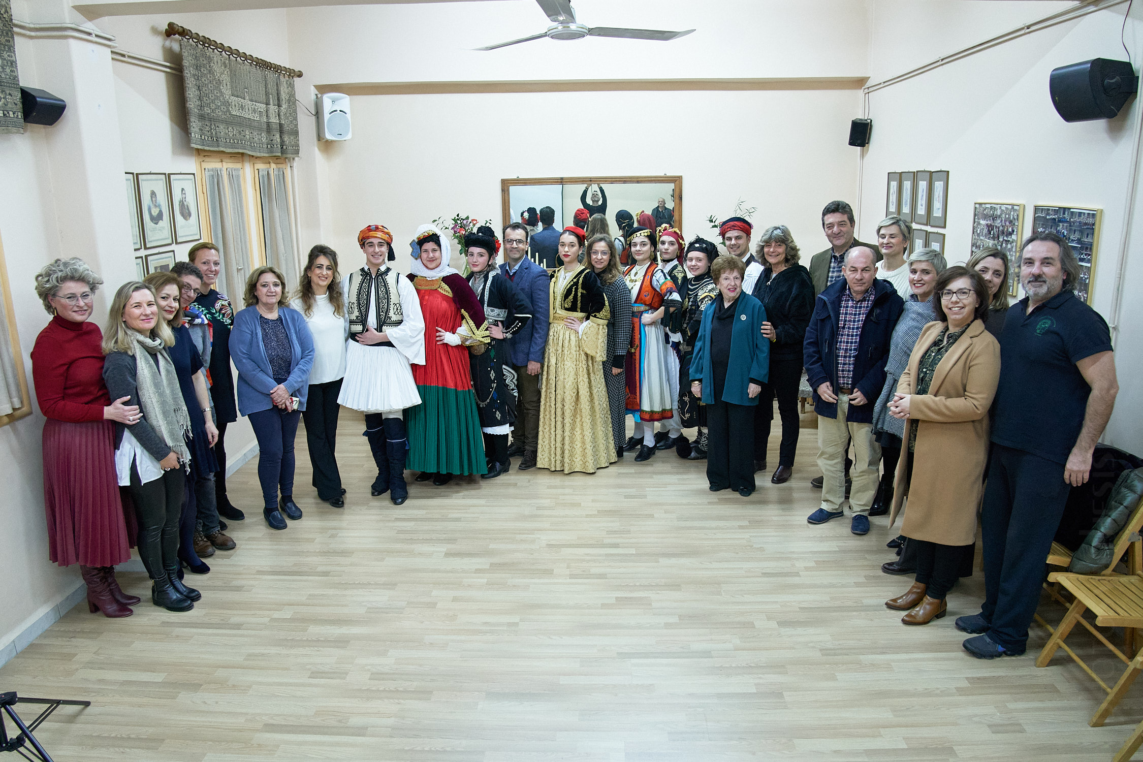ERASMUS+ Learning through Traditional Dancing and Ancient Theatre Ελλάδα - Κύπρος - Ιταλία