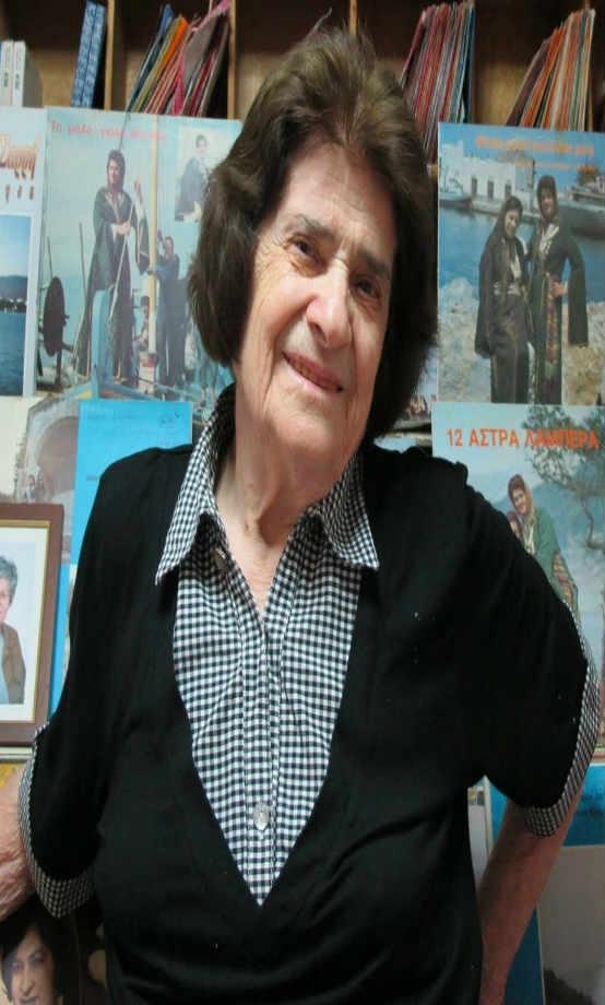 Άννα Σαρρή-Καραμπεσίνη