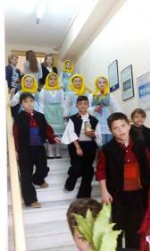 2016-04-23: Κάλαντα του Λαζάρου από τους μικρούς μαθητές του Λυκείου των Ελληνίδων Πατρών