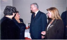"""2001-12-22: Χριστουγεννιάτικη βραδιά στην αίθουσα """"Ερμής"""""""