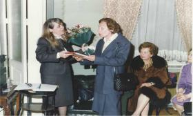 1998-03-29: Παρουσίαση Φορεσιών στην Αίθουσα Ερμής